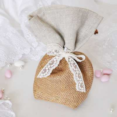 Μπομπονιέρα γάμου λινάτσα και λινό (gdg44)