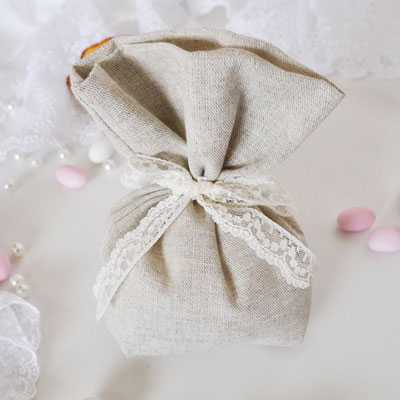 Μπομπονιέρα γάμου λινό πουγκί (gdg7)