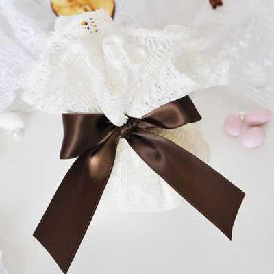 Μπομπονιέρα γάμου μαντήλι δαντέλας-gdg281