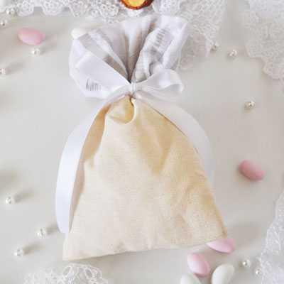 Μπομπονιέρα γάμου πουγκί λινό με ταφτά-gdg224