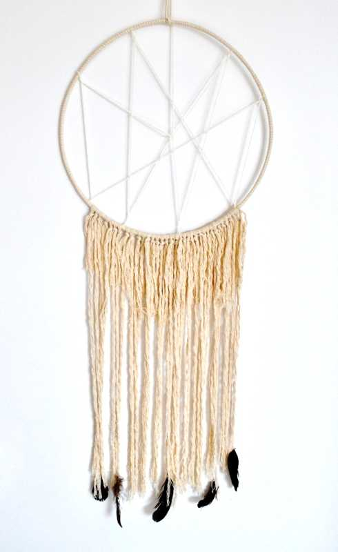 handmade-dreamcatcher-wedding-decorations5