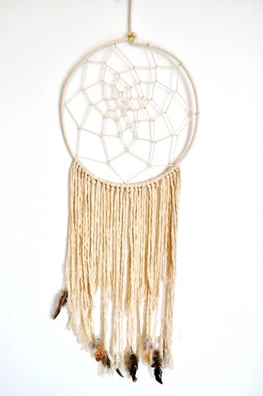 handmade-dreamcatcher-wedding-decorations6