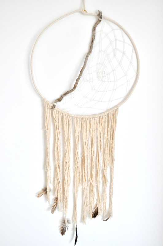 handmade-dreamcatcher-wedding-decorations8