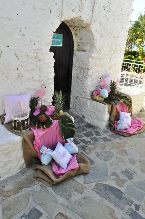Στολισμός βάπτισης με θέμα flamingo