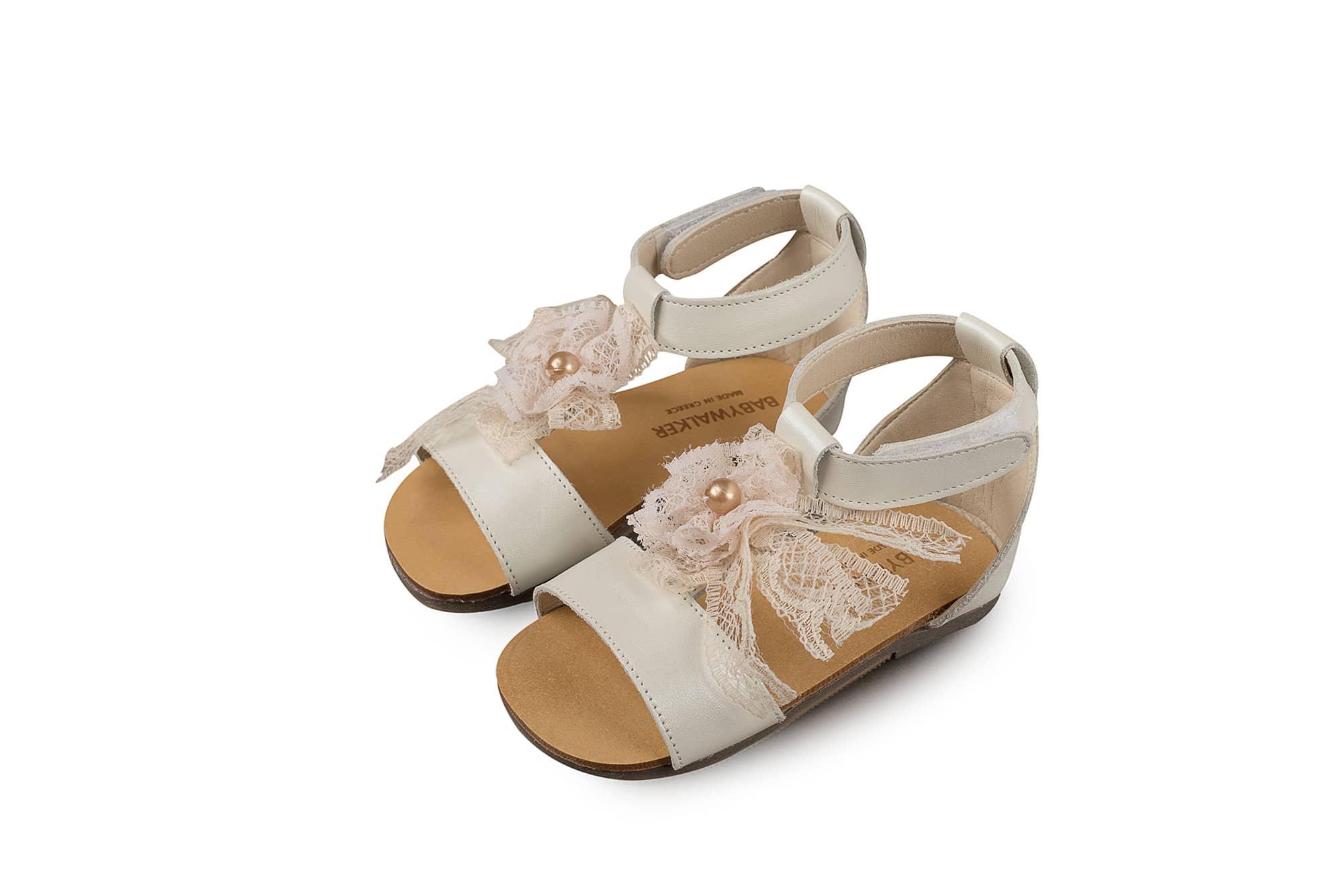 fcbeca383fb Βαπτιστικό Παπούτσι Babywalker για Κοριτσάκι με Δαντελένιο Φιόγκο (BW4522)  · Βάπτιση ...