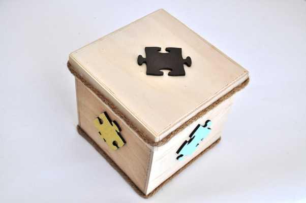 Κουτί μαρτυρικών με θέμα παζλ (kma18.04)