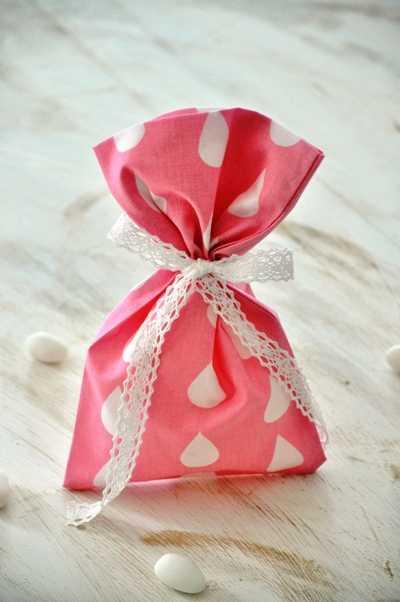Μπομπονιέρα βάπτισης πουγκί ροζ με στάλες (xb18.09)