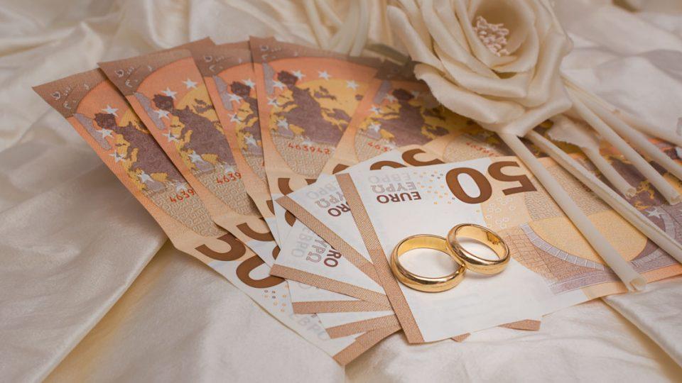 Έξοδα Γάμου: Ποιος Πληρώνει Τί - Πόσο Κοστίζει Ένας Γάμος