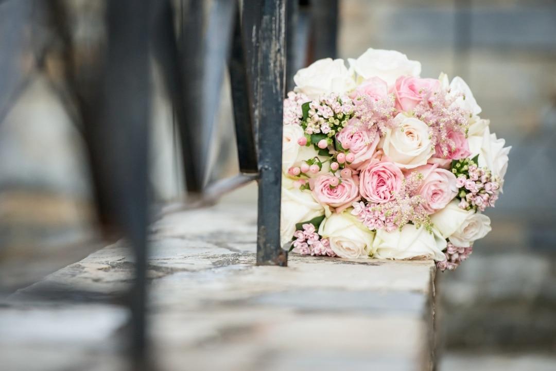 ca1b2d148dee Σας ευχόμαστε ολόψυχα να ζήσετε αγαπημένοι και να χαίρεστε την χαμογελαστή  σας Ιωάννα. Elegant Chic Γάμος ...
