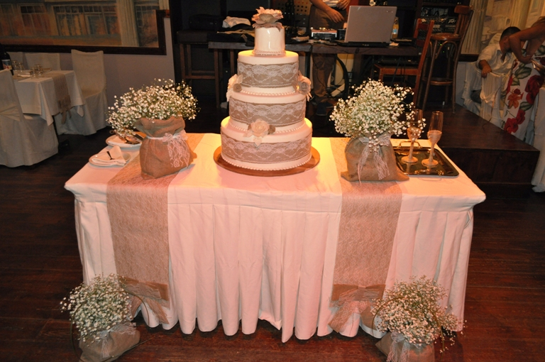 Στολισμός τούρτας