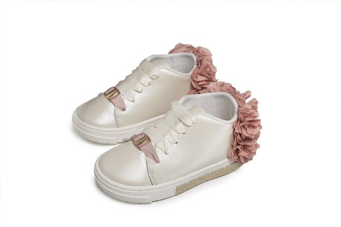 Δερμάτινα Βαπτιστικά Δίχρωμα Sneakers με Chiffon Λουλούδια (EXC.5725)